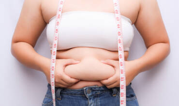 Get Rid Of Unwanted Fat Rolls Without Surgery Or Downtime (Cryoskin)